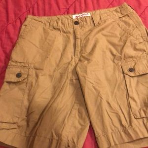 Arizona Jean Co.  size 33 Lightweight Cargo Shorts